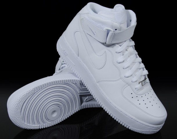 17_Nike_Air_Force_One_AF1_Mid_All_White