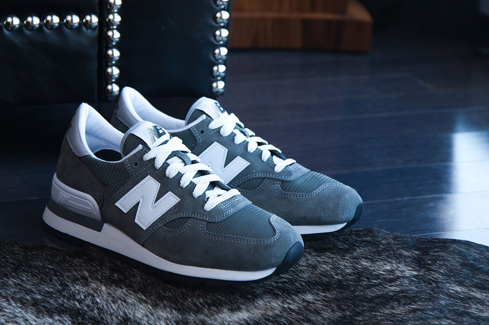 new-balance-990-sneakers-3