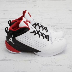 Jordan-Fly-Wade-2-Home-New-Images-1-600x600