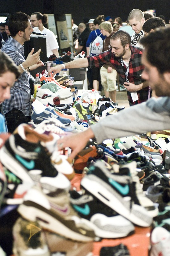 SNEAKERNESS_ZH_090509_013