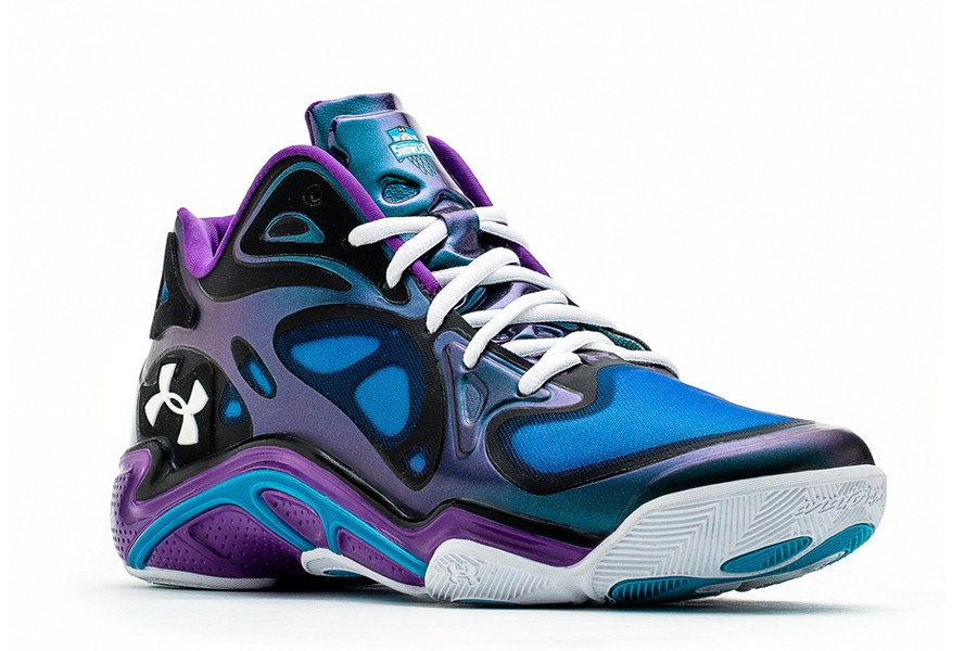 under-armour-anatomix-spawn-low-showcase-collection03