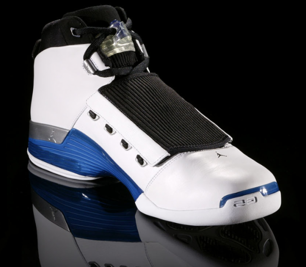 air-jordan-17-xvii-original-og-white-college-blue-black-9