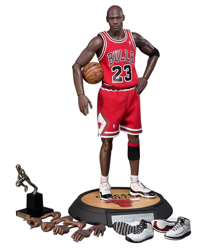 michael-jordan-action-figure-air-jordan-xi-11-concord