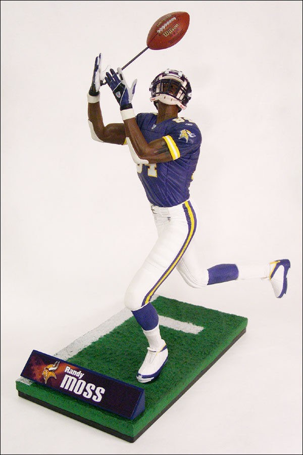 randy-moss-action-figure-air-jordan-ix-9-vikings-pe