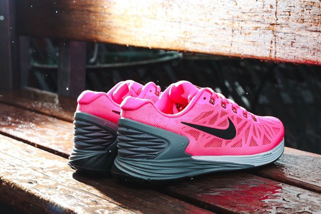 nike-wmns-lunarglide-6-july-releases-5