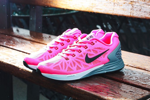 nike-wmns-lunarglide-6-july-releases-8