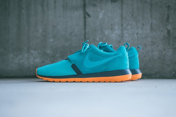 nike-roshe-run-teal-orange