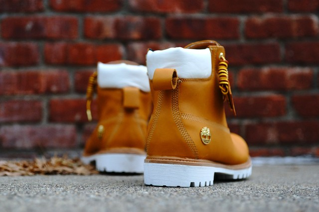 stussy-timberland-6-inxh-boot-delivery-2