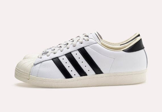 adidas-consortium-superstar-made-in-france-08-570x394