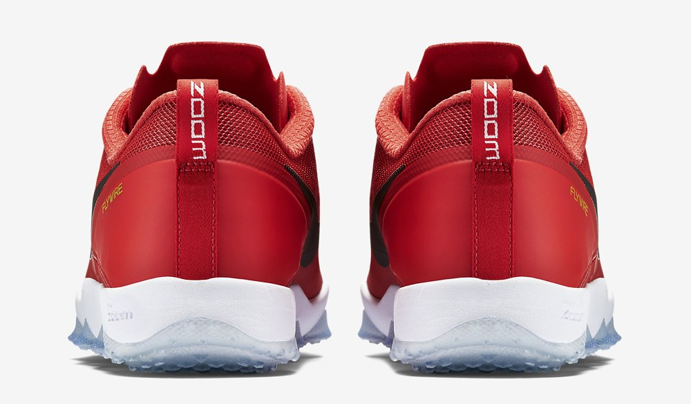 daring-red-nike-hypercross-01