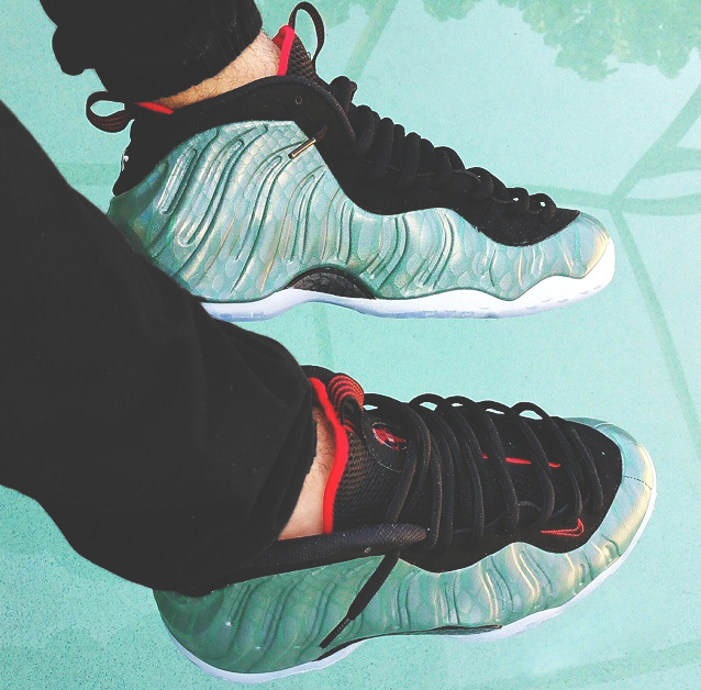 nike-air-foamposite-gone-fishing-on-feet-images