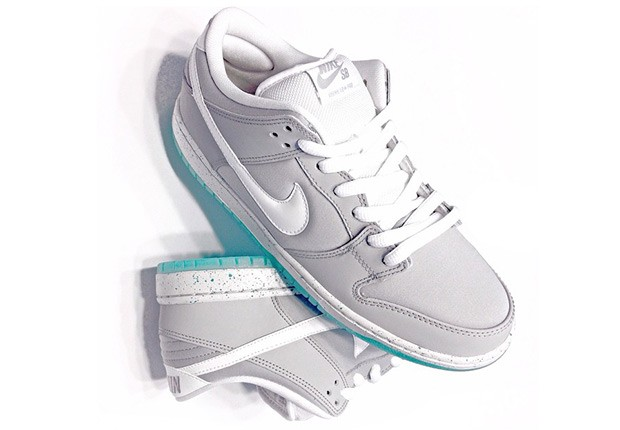 nike-mag-in-sb-dunk-form-01