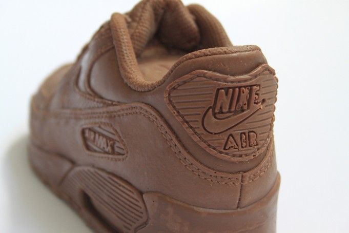 This-Is-The-Most-Delicious-Air-Max-90-Youll-Ever-See-Literally-2-681x454