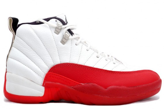 air-jordan-xii-og-white-red-01-570x379
