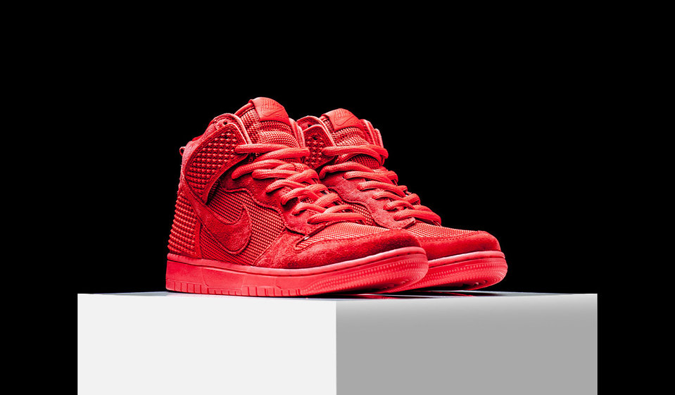 nike-dunk-high-red-october-4-960x561