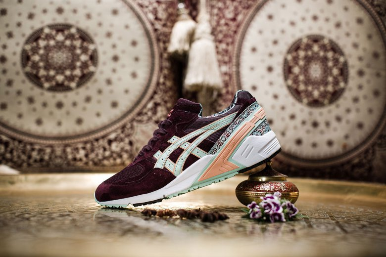 overkill-x-asics-gel-sight-desert-rose-2