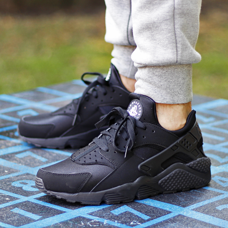Huarache_TheBestSneakers_01