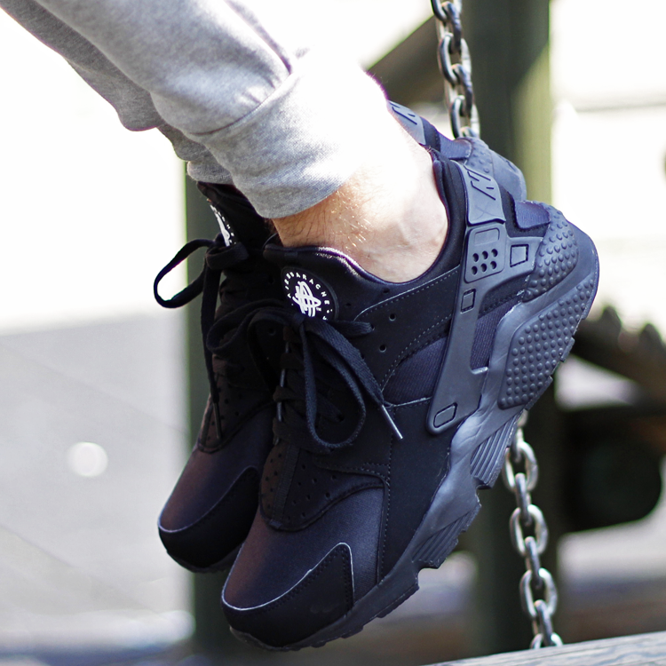 Huarache_TheBestSneakers_02