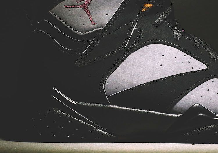 heres-your-closest-look-yet-at-the-remastered-air-jordan-7-bordeaux-4