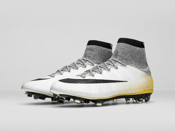 Nike_Mercurial_Superfly_CR7_324KGOLD_3