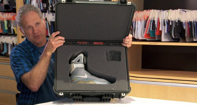 tinker-hatfield-nike-mag-2015-release-power-laces