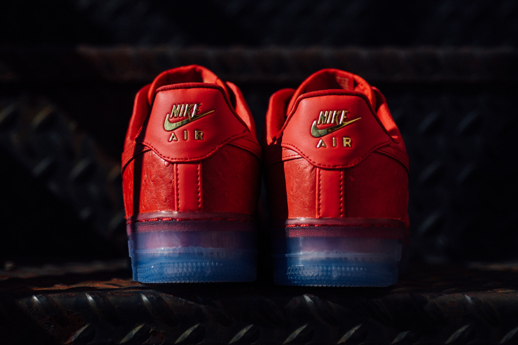 Nike_Air_Force_1_Comfort_Lux_Low_University_Red_805300_600-7685