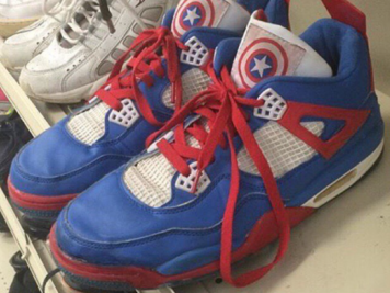 Air Jordan 4 x Captain America