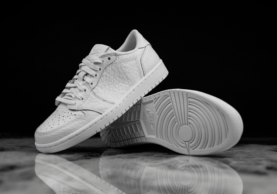air-jordan-1-low-swooshless-white-01