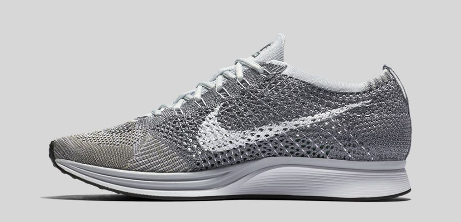 nike-flyknit-racer-pure-platinum-cool-grey-medial